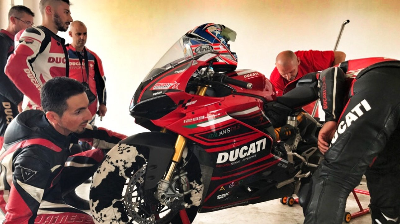 DUCATI Sardinia DOC - Test Day and Challenge Mores | Photo: Armin Hoyer - arminonbike.com
