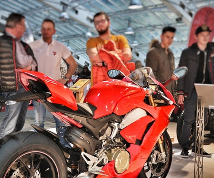 Ducati Panigale V4S | Photo: Armin Hoyer - arminonbike.com
