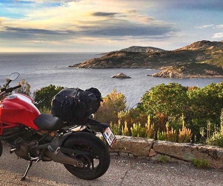D81b Calvi Corsica | Photo: Armin Hoyer - arminonbike.com